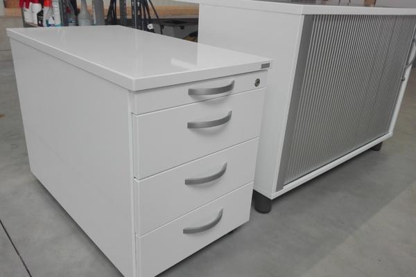 Möbelfolierung Weiss RAL 9003