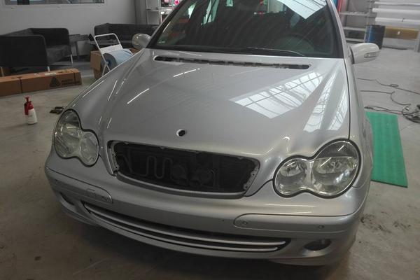 Mercedes - Vollfoierung Nachher